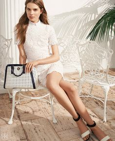 Chic accessories with high-contrast colors | Tory Burch Spring 2014
