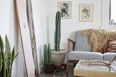 A Cool Cabin in the Desert | Interior Design by Kathrin and Brian Smirke of We Are In Our Element | Photography by Brian Smirke | Modern Sanctuary | Living Area | Bohemian Seating | Vintage Seating | Art
