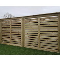 The Lurig Panel is a robust panel which can be erected horizontally or vertically. The gaps in this panel are ideal for screening your garden rather than completely closing off a view.