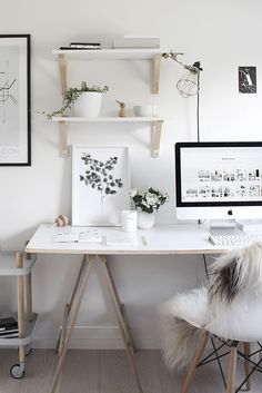 Beautiful white workspace design. I'll do it in my new house. Image & styling by: The Design Chaser