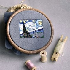 The Starry Night Embroidery Brooch Vincent van Gogh Pin Jewellery Exclusive Textile Art Stitched Impressionism Hand Embroidery Projects, Hand Embroidery Videos, Flower Embroidery Designs, Creative Embroidery, Hand Embroidery Stitches, Embroidery Techniques, Diy Embroidery Shirt, Contemporary Embroidery, Modern Embroidery