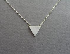 Triangle Necklace Pendant  Geometric Jewelry door DaliaShamirJewelry, $30.00