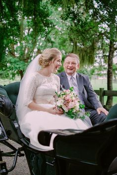 We just LOVE this happy father daughter moment in the carriage right before the ceremony. #wedding #memories #carriage #classic #beauty #Florida #GrandOaksResort