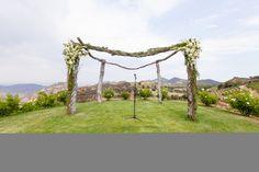 Photography: Billye Donya Photography - billyedonya.com   Read More on SMP: http://www.stylemepretty.com/california-weddings/2014/04/15/rustic-saddlerock-ranch-wedding/