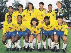 Brazil-95-UMBRO-women-home-kit-yellow-blue-white-line-up.jpg