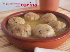 Albóndigas en salsa. Descubre cómo hacen en el blog La Que se Avecina en mi Cocina esta receta. ¿La preparas igual que ellos?