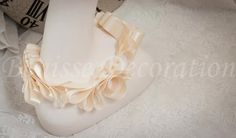 DIY collar~    https://www.etsy.com/listing/99727469/100-handmade-ribbon-of-women-wedding?ref=v1_other_2