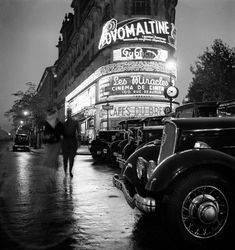 France. Paris, 1930s // by Roger Schall