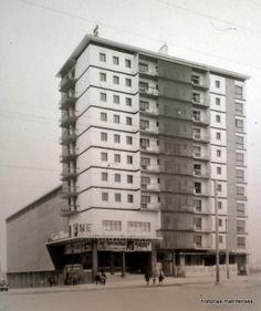 El edificio del cine San Blas. Abril de 1964. Fondo Portillo. Archivo Regional Comunidad de Madrid.