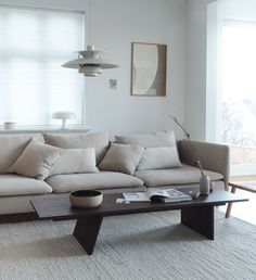 This stunning neutral Scandinavian living room packs plenty of punch thanks to tactile textures, thoughtful layers and streamlined furniture Söderhamn Sofa, Ikea Sofa, Living Room Interior, Home Interior Design, Living Room Decor, Interior Plants, Romantic Home Decor, French Home Decor, Home Decor Styles