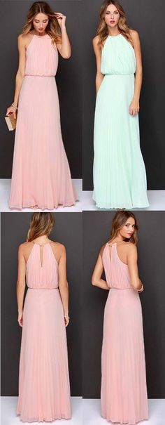 If you're looking for a classy and in your cozy-zone maxi, we've got the dress for you. It features halter neck and pleated waist. Looking unique and ever-so-chic just made so much easier with this maxi dress from CUPSHE.com
