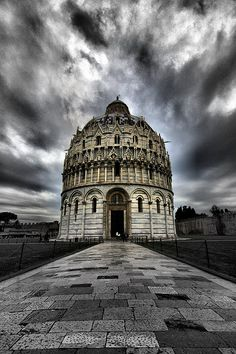 St. John's Baptistry, in Piazza dei Miracoli, Pisa. Italy The Baptistry of St. John (Italian: Battistero di San Giovanni) is a religious building in Pisa, Italy.  It was started in year 1153