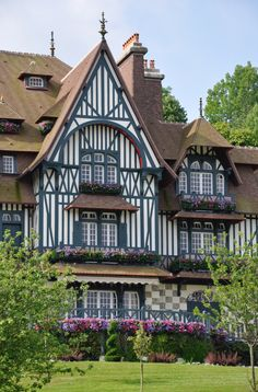 Villa Strassburger donated to the city of Deauville