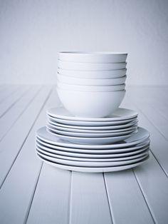 FÄRGRIK dinnerware set - white/stoneware - IKEA Replacement for old dishes Kitchen Sets, Kitchen Decor, Room Kitchen, Dining Room, Ikea Dinnerware, White Dinnerware, White Dish Set, Kitchenware, Tableware