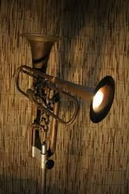 Afbeeldingsresultaat voor lamp van trompet