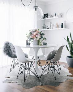 Mi historia con una de las mesas más hermosas e icónicas que han existido: la mesa Tulip de Eero Saarinen. Fotos que seguro te arrancan un suspiro.