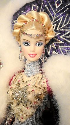 https://flic.kr/p/7CCxKp | Bob Mackie Goddess of Arctic (Close Up) | True beauty of the Ice-Queen =)