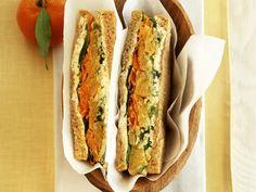 Sandwich mit Gemüse und Mandarinen   http://eatsmarter.de/rezepte/sandwich-mit-gemuese-und-mandarinen