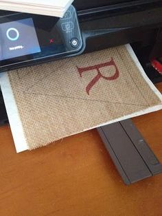 The best DIY projects & DIY ideas and tutorials: sewing, paper craft, DIY. Diy Crafts Ideas How to Print on Burlap -ReadDIY: How to print on burlap with an inkjet printer. This is a game changer for crafts, home decor, ECT.Print as you normally would Burlap Projects, Burlap Crafts, Diy Projects To Try, Craft Projects, Craft Ideas, Burlap Wreaths, Burlap Decorations, Burlap Flowers, Project Ideas