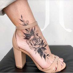 back tattoo women ~ back tattoo women ; back tattoo women spine ; back tattoo women full ; back tattoo women upper ; back tattoo women shoulder ; back tattoo women small ; back tattoo women spine unique ; back tattoo women spine quotes Tattoo Designs For Women, Tattoos For Women Small, Tattoo Designs Foot, Ankle Tattoos For Women, Sleeve Tattoos For Women, Flower Tattoo Designs, Tattoos For Females, Unique Women Tattoos, Hair Tattoo Designs