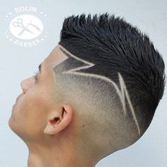 Haircut by bolinbarber http://ift.tt/1QqQz3s #menshair #menshairstyles #menshaircuts #hairstylesformen #coolhaircuts #coolhairstyles #haircuts #hairstyles #barbers
