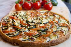 Courgette, Tomato and Feta Cheese Tart - Home Sweet Sweden Feta, Cheese Tarts, Bon Appetit, Pasta Recipes, Vegetable Pizza, Good Food, Veggies, Vegetarian, Favorite Recipes