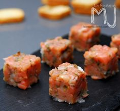 Salmon Tartare, Sushi Recipes, Christmas Dishes, Cooking Time, Seafood, Food And Drink, Appetizers, Snacks, Ethnic Recipes