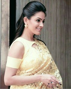 Modern Blouse Designs for Your Gorgeous Look Modern Blouse Designs, Stylish Blouse Design, Latest Blouse Designs, Indian Blouse Designs, Designer Saree Blouses, Designer Blouse Patterns, Saree Jacket Designs, Saree Blouse Neck Designs, Shagun Blouse Designs