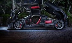 Cruising Streets of Miami In $2 Million Pagani Huayra (Video) - Carhoots This.