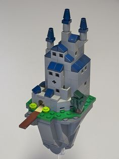 Floating Castle 1 | Taking a stab at floating castles for a … | Flickr