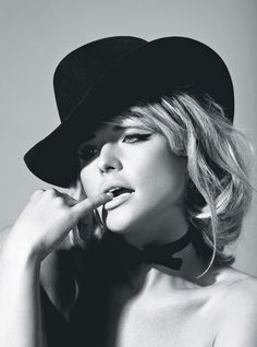 Miranda Lambert is featured in the June 2012 issue of W magazine. Photo by Santiago & Mauricio, courtesy of W magazine. Country Female Singers, Country Music Artists, Country Music Stars, Miranda Blake, Blake Shelton And Miranda, Maranda Lambert, Miranda Lambert Photos, Actrices Hollywood, Celebrity Gallery