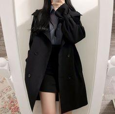 Korean Girl Fashion, Ulzzang Fashion, Korean Street Fashion, Kpop Fashion Outfits, Edgy Outfits, Mode Outfits, Cute Casual Outfits, Look Fashion, Pretty Outfits
