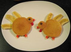 turkey pancakes from @Mr Breakfast! These are too cute! #thanksgiving #breakfast