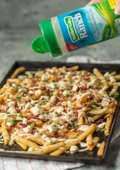 Nothing makes game day delicious more than 3 CHEESE BACON RANCH FRIES. This easy and fun appetizer takes crispy fries and tops them with ranch seasoning, bacon, cheddar, mozzarella, and feta. French Fries With Cheese, French Fries Recipe, Yummy Appetizers, Appetizer Recipes, Bacon Recipes, Cooking Recipes, Potato Recipes, Veggie Recipes, Keto Recipes