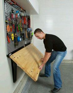 Ferramentas podem estar organizadas e permitir reparos rápidos com uma mobília reversível