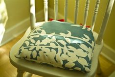 How-To: Sew Comfy Natural Cushions for Wooden Chairs