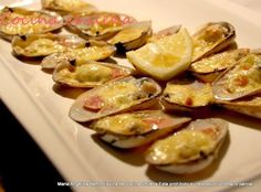 .COCINA CHILENA: MACHAS A LA PARMESANA Chilean Recipes, Chilean Food, Healthy Fridge, Fish And Seafood, Potato Salad, Sushi, Main Dishes, Sausage, Food And Drink