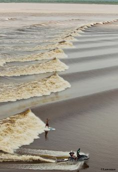The ocean's fantastic layers. #surf