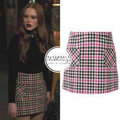 Cheryl Blossom wears this pink and black houndstooth Moschino miniskirt on Riverdale Karel Gott, Riverdale Fashion, Gossip Girl Outfits, Riverdale Cheryl, Cheryl Blossom, Fashion Tv, Preppy Outfits, Teenager Outfits, Estilo Retro