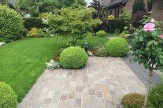 Wohlfühl-Terrasse mit Naturstein - Zanders Gartenbau