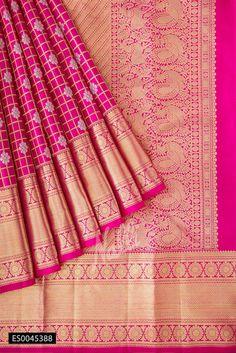 Pink Kanchipuram Silk Saree with Checked design on the body and Zari Border. Kanjivaram Sarees Silk, Khadi Saree, Pure Silk Sarees, Nalli Sarees, Nalli Silks, Saree Fashion, Wedding Silk Saree, Pink Saree, Button Crafts