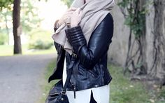 outfit for fall with PURA scarf