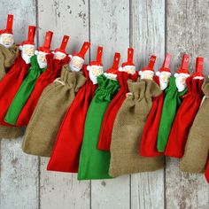 """All-Inclusive Adventskalender """"Classic Xmas"""". Grün, Rot und Jute - ein Weihnachtsklassiker und immer wieder schön."""