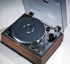 Pioneer PL12D Turntable. Pioneer's $100 entry-level turntable of the 70's.