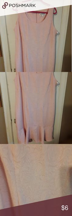Pretty dress by Danny & Nicole size 18 Pretty pink textured dress below knee length sleeveless polyester new with tags condition Danny & Nicole Dresses Midi
