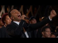 john legend performance owned the crowd. john legend full performance at acadamy awards on 22nd sunday feb2015 JOHN LEGEND:PERFORMANCE(sings glory) AT OSCARS...