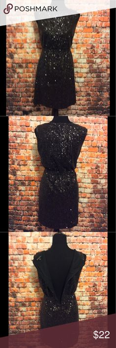Little Black Sequin dress Madewell Little Black Sequin dress Madewell-excellent pre-loved condition! Happy to answer questions -Fast Shipper❤ Madewell Dresses