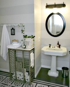 Chicken coop as storage table in bathroom. Very practical & quirky.