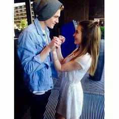 I want a picture with Tristan like this