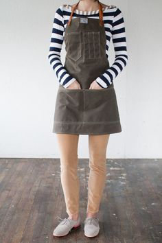"""No. 325 Artisan Apron in Olive Waxed Canvas & by ArtifactBags @ 145$ this sucker is clocking in as a want and not a need but honestly i want to start everyday in THIS """"making uniform""""."""